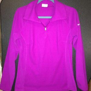 Columbia Women's Pullover shirt size Medium